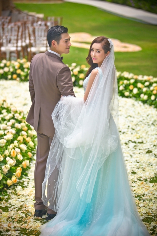 Rộ tin vợ chồng Nghiêm Khoan và Đỗ Nhược Khê li hôn