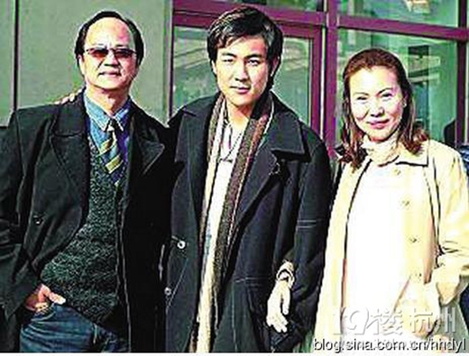 7 gia tộc là con nhà nòi nổi tiếng của làng giải trí Hoa ngữ