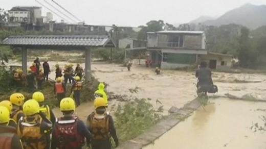 Kinh hoàng những thiệt hại nặng nề do quái vật bão Soudelor gây ra