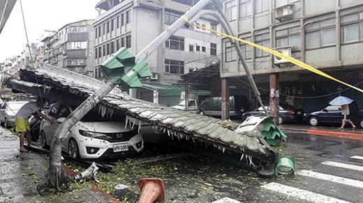 Hình ảnh hãi hùng do siêu bãoSoudelor gây ra.