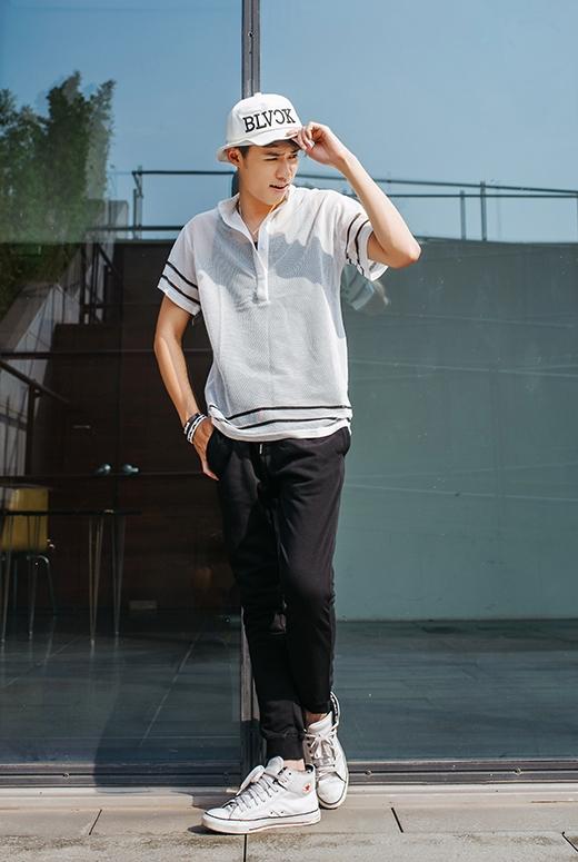 Hô biến vẻ ngoài cực chất cho các chàng trai bằng trang phục đơn giản