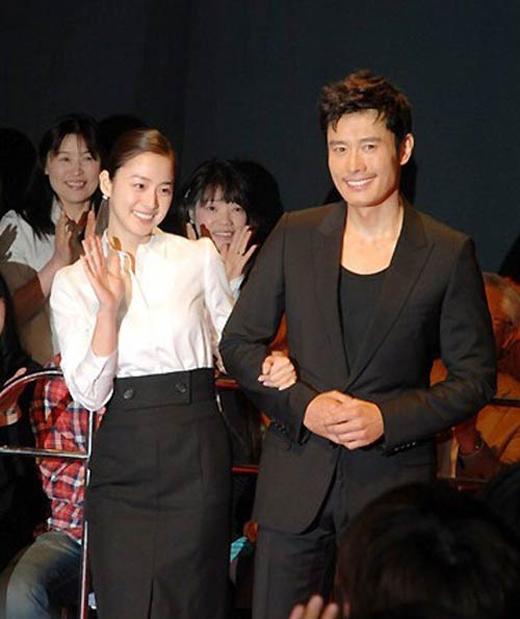Kim Tae Heecũng luôn được nhắc đến trong mọi bài báo nói về Lee Byung Hun.
