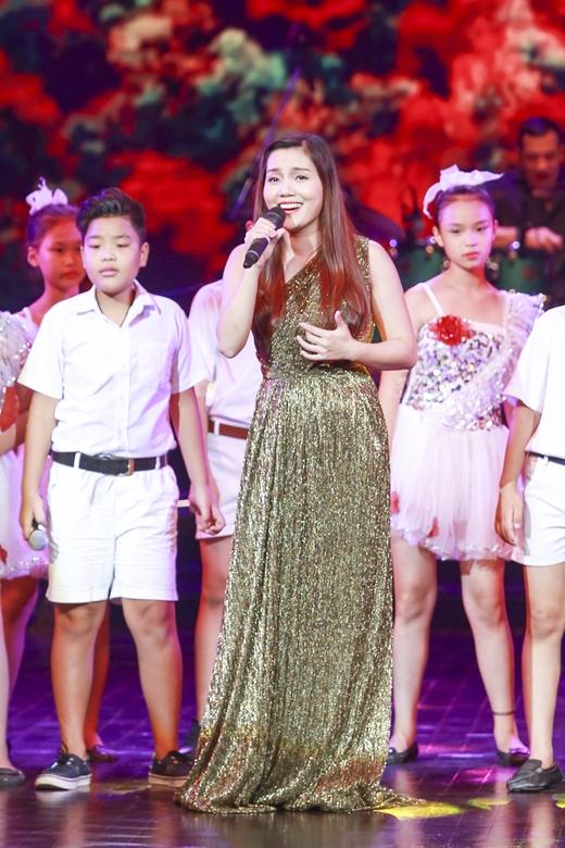 Và ca khúc Hát cho hành tinh xanh cùng các em nhỏ đến từ Star Academy. - Tin sao Viet - Tin tuc sao Viet - Scandal sao Viet - Tin tuc cua Sao - Tin cua Sao