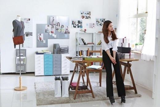 Nối bước bạn trai, Suzy tập tành làm nhà thiết kế
