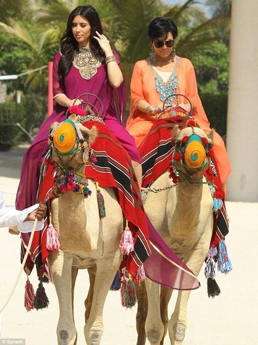 Dubai là điểm du lịch yêu thích của gia đình cô Kim siêu vòng ba.