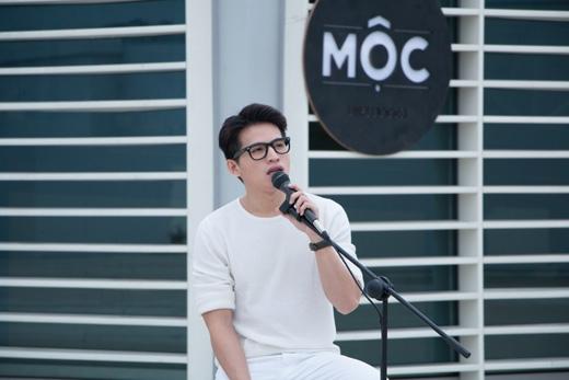 Quốc Thiên một lần nữa thể hiện khả năng hát live cực đỉnh bằng lối hát giản đơn nhưng đầy tinh tế.