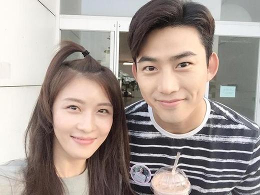 Ha Ji Won đăng ảnh lên trang cá nhân mình.