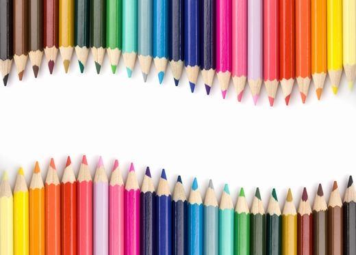 Theo thống kê, chiếc bút chì màu thứ 100 tỉ trên thế giới được sản xuất ra có màu xanh da trời.