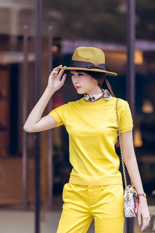 Diện váy xòe đẹp ngất ngây như Hoa hậu Thu Thảo