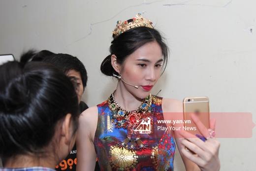 Thủy Tiên xinh đẹp như nữ hoàng, Khánh Thi tái xuất sau sinh - Tin sao Viet - Tin tuc sao Viet - Scandal sao Viet - Tin tuc cua Sao - Tin cua Sao