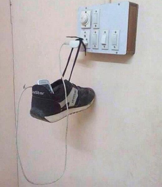 Đừng vội bỏ đi những chiếc giày cũ.