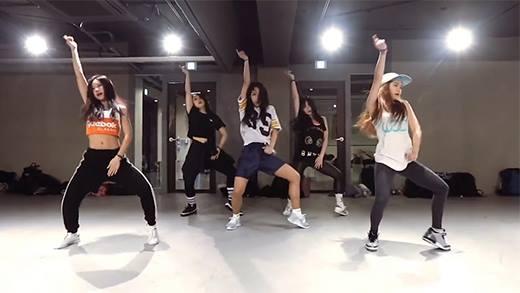 """5 cô gái cực quyến rũ với màn vũ đạo cực bốc lửa trên nền nhạc đình đám  """"7/11"""" của Beyoncé khiến cộng đồng mạng điên đảo. CTV - 1MILLION Dance  Studio ..."""