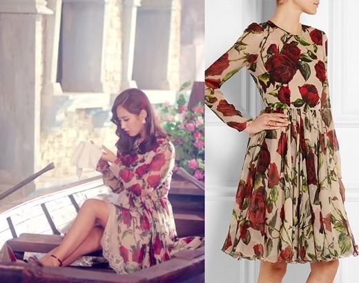 """Đúng với khung cảnh lãng mạn mang không khí xứ Venice, Ý, Yuri diện ngay chiếc đầm dài họa tiết hoa cổ điển của Dolce & Gabbana có giá """"khá chát"""" lên đến 4.995 đô la (tương đương 110 triệu đồng)."""