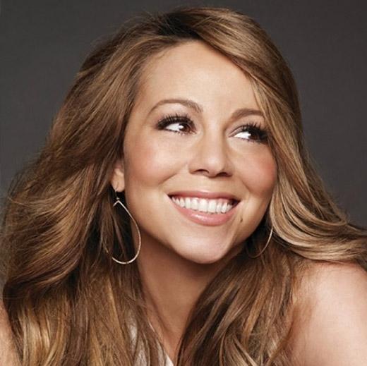 Trong khi Mariah là một ngôi sao lớn đạt được hàng loạt giải thưởng Grammy thì người chị của cô, Alison Carey lại là một gái mại dâm và nghiện ma túy. Alison đã từng vào tù vì hành nghề mại dâm và bị xác nhận dương tính với HIV.