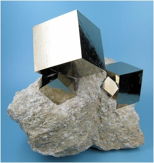 Những khối đá vuông với kết cấu hoàn hảo nhờ bàn tay nhào nặn của thiên nhiên.