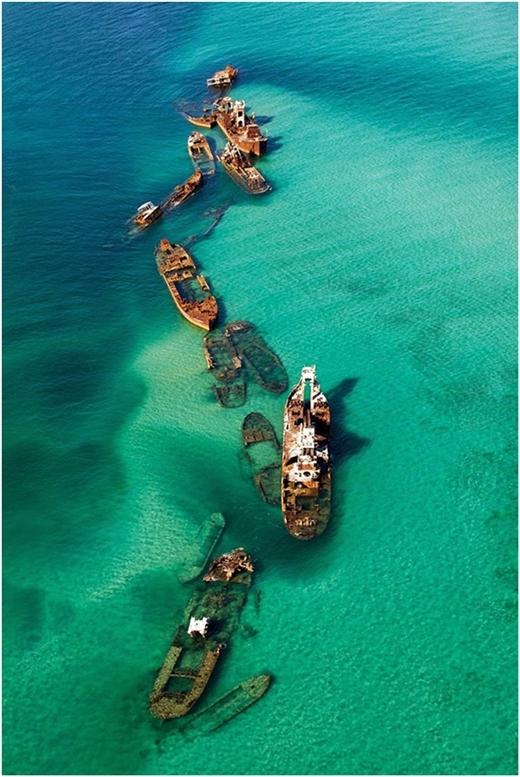"""Hình ảnh 16 chiếc tàu đắm tại vùng """"tam giác quỷ"""" kì bí."""