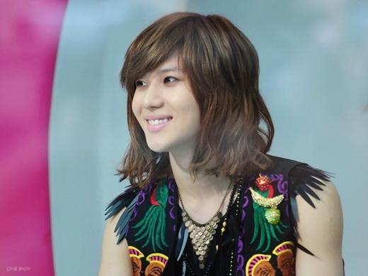 Từ những ngày đầu ra mắt, Taemin (SHINee) đã sớm được lòng các fan nhờ vẻ ngoài nữ tính, đáng yêu. Tuy nhiên, thời gian gần đây, anh chàng đã thay đổi sang hình ảnh trưởng thành và quyến rũ hơn rất nhiều.