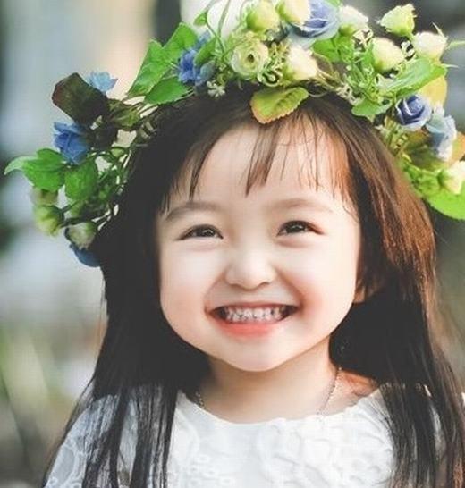 Rất nhiều nụ cười kết hợp với sắc đẹp có thể khiến thay đổi cả một triều đại. Đắc Kỷ, Điêu Thuyền, Dương Quý Phi… trong lịch sử Trung Quốc chứng minh điều đó.
