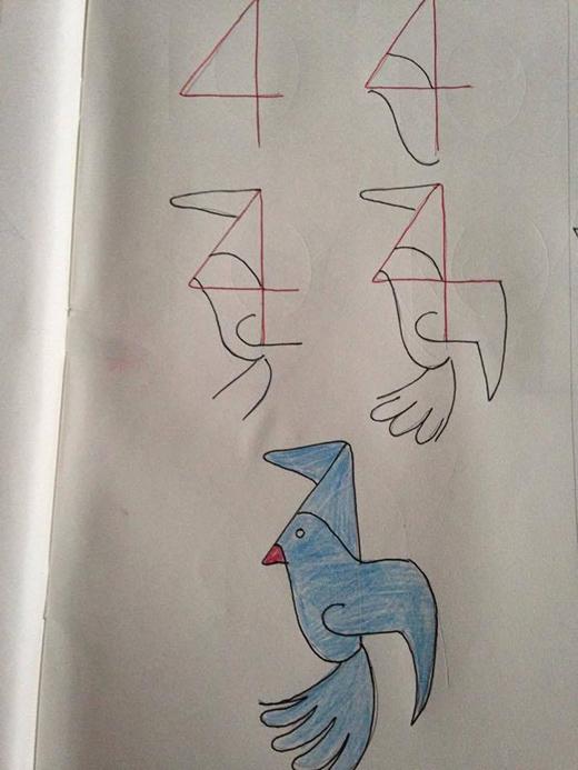Từ một số 4 đơn giản, bây giờ bạn đã có thể vẽ thành một chú chim đang bay nè.
