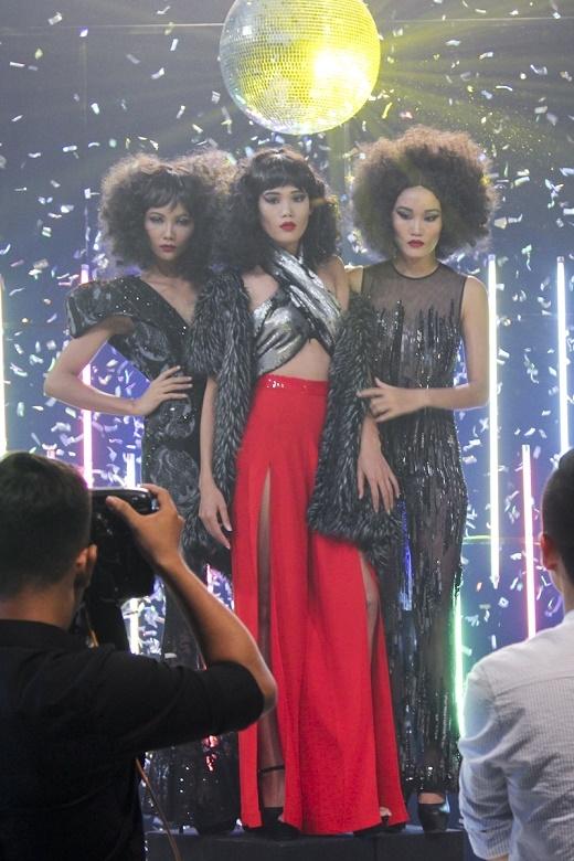Thái độ làm việc không chuyên nghiệp này đã khiến giám khảo Samuel Hoàng và nhà thiết kế Adrian Anh Tuấn nóng giận và yêu cầu cho dừng lại sớm phần thi của bộ ba.