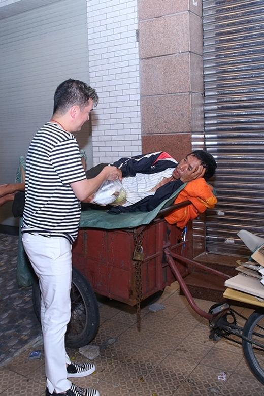 Đàm Vĩnh Hưng - nghệ sĩ lớn với trái tim nhân hậu - Tin sao Viet - Tin tuc sao Viet - Scandal sao Viet - Tin tuc cua Sao - Tin cua Sao