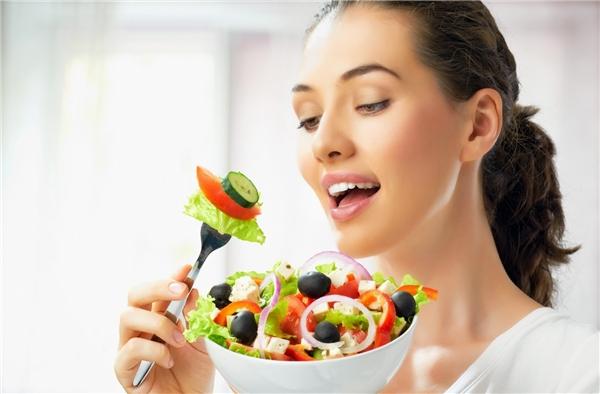 Giảm cân: ăn ít hay tập thể dục nhiều?