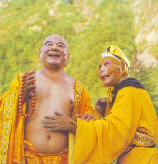 Nam diễn viên Thiết Ngưu, người đóng vai Phật Di Lặc qua đời khi 93 tuổi. Ôngtên thật là Dương Tích Nghiệp, sinh năm 1922 ở Sơn Đông (Trung Quốc).