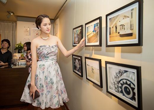 Cô còn bày tỏ sự ngưỡng mộ thần đồng Đỗ Nhật Nam dù còn nhỏ nhưng rất tài năng, thông minh và có tấm lòng nhân ái. - Tin sao Viet - Tin tuc sao Viet - Scandal sao Viet - Tin tuc cua Sao - Tin cua Sao