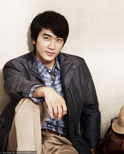 Sau thành công của hai bộ phim trong loạt phim 4 mùa Trái Tim Mùa Thu và Hương Mùa Hè, Song Seung Hun không hề ngủ quên trên chiến thắng mà tiếp tục thử sức ở nhiều vai diễn khác nhau. Không chỉ vào vai các chàng trai ấm áp, tốt bụng, Song Seung Hun còn khiến khán giả phải giật mình với vai diễn phá cách trong bộ phim 19+ Obssesion.