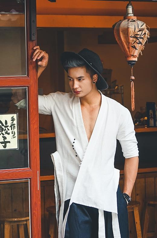 Trong hai năm trở lại đây, phong cách thời trang mang âm hưởng văn hóa Nhật Bản đang dần lan rộng và chiếm được tình cảm của giới trẻ bởi sự tự do, phóng khoáng.