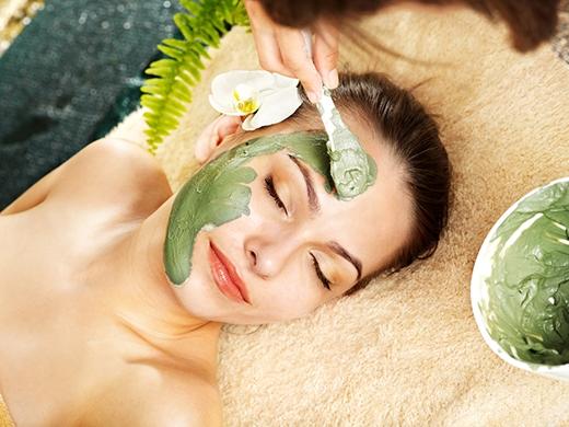 Dưỡng da bằng mặt nạ làm từ bơ là một phương pháp làm đẹp an toàn và hiệu quả.