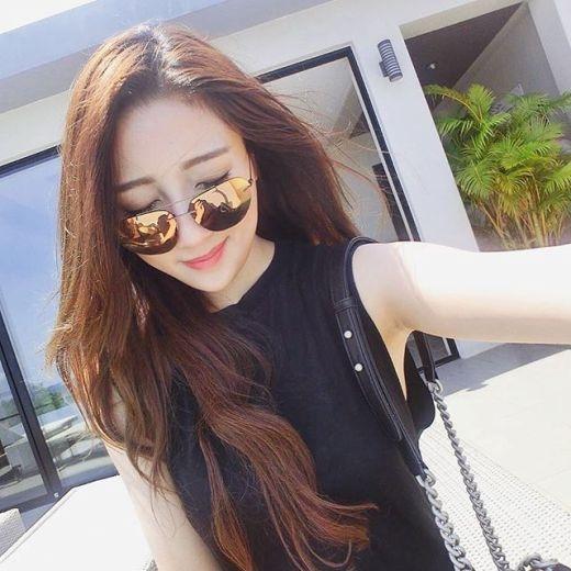 Cô bạn gái người mẫu xinh đẹp, quyến rũ của Rocker Nguyễn.