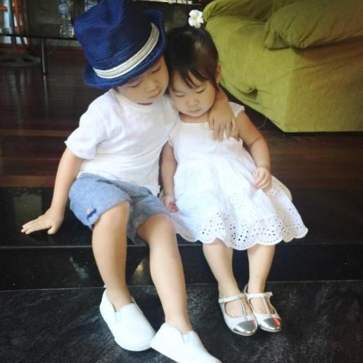 Hai anh em Rio và Cherry rất thân thiết với nhau. - Tin sao Viet - Tin tuc sao Viet - Scandal sao Viet - Tin tuc cua Sao - Tin cua Sao