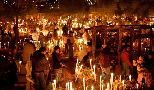Những nghi thức tưởng nhớ người chết kì lạ trên thế giới