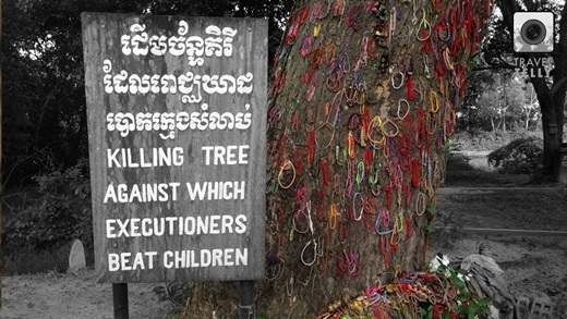Mỗi chiếc vòng tay này tượng trưng cho linh hồn một em bé chết oan do tội ác của quân Khmer Đỏ.