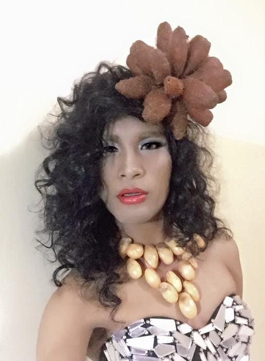 Cười bò lăn với bộ sưu tập khiến Lady Gaga gọi bằng sư phụ