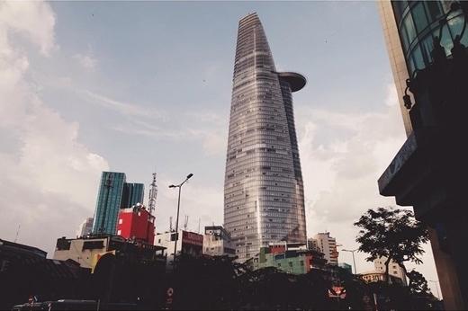 Bitexco hiên ngang giữa trời, xứng đáng là biểu tượng của sự thịnh vượng và phát triển của Sài Gòn. (Nguồn: IG @2723t)