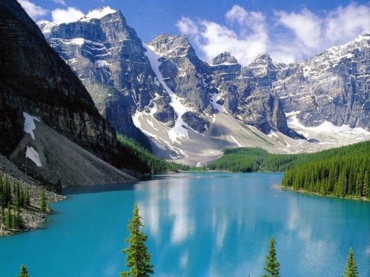 Canada – trung tâm ao hồ, chiếm gần 60% tổng số của thế giới.