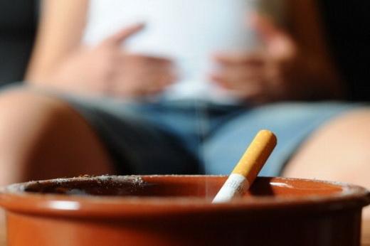 Muốn nói chuyện với em thì anh dập thuốc lá đi đã!