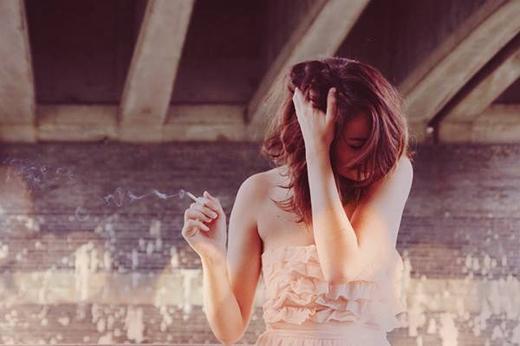 6 thói quen cực kì hại cho não bạn cần biết