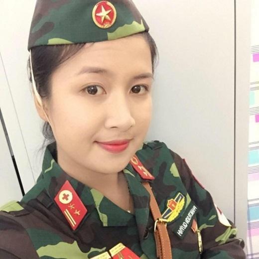Sơn Quỳnhnăm nay mới 22 tuổi, nhập ngũ năm 2012.
