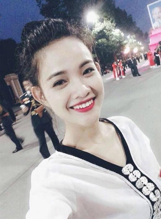 """Cô gái trong bộ trang phục dân tộc Thái """"hớp hồn"""" dân mạng."""
