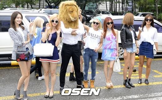 Thần tượng Kpop và 1001 cách xuất hiện trước công chúng