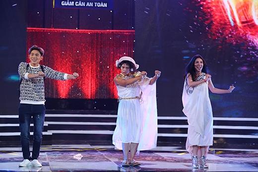 Phần dự thi Hành tinh đẹp nhất của đội Tươi Xanh làm khán giả không thể ngừng cười.