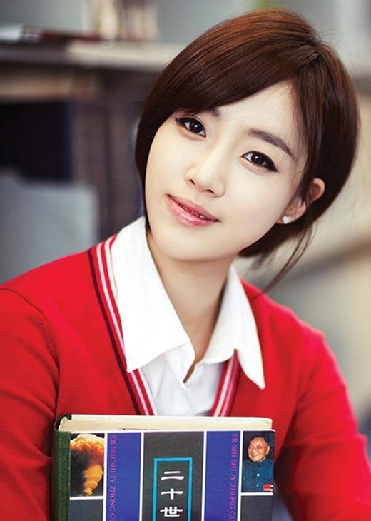 """Sở hữu mắt một mí nhưng Eunjung (T-ara) không bao giờ vắng mặt trong danh sách những đôi mắt """"vàng ngọc"""" của làng nhạc xứ Hàn."""