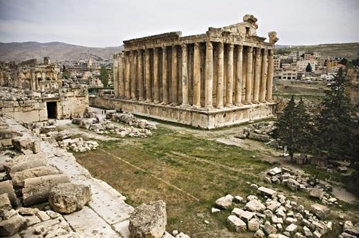 Đền thần Bacchus là một công trình lớn trong quần thể kiến trúc Baalbek.(Ảnh: Internet)