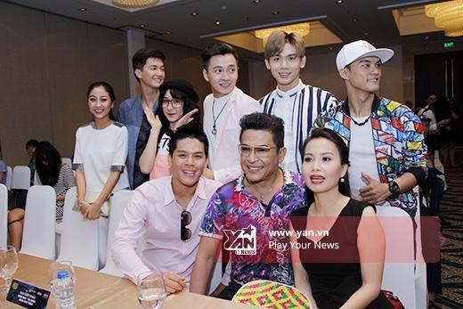 Ban giám khảo và 6 đội trưởng tài năng - Tin sao Viet - Tin tuc sao Viet - Scandal sao Viet - Tin tuc cua Sao - Tin cua Sao