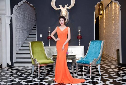 Mỹ Tâm, Huyền My mặc đẹp nhất tuần với phong cách đơn giản, thanh lịch