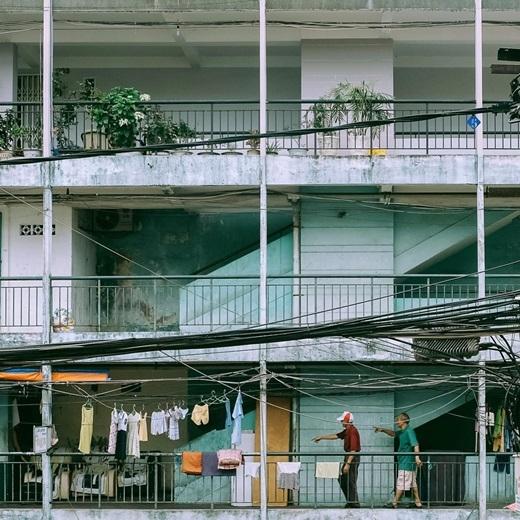 Có những giá trị tinh thần mà những khu chung cư cao cấp đầy tiện nghi không thể nào sánh được với chung cư cũ. (Nguồn IG @thanhad)
