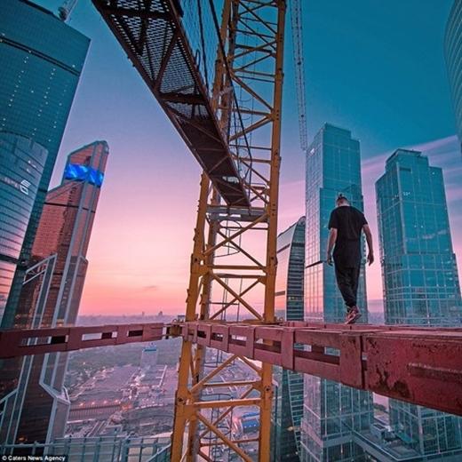 Olegtự ví mình như con chim sải cánh giữa không trung.